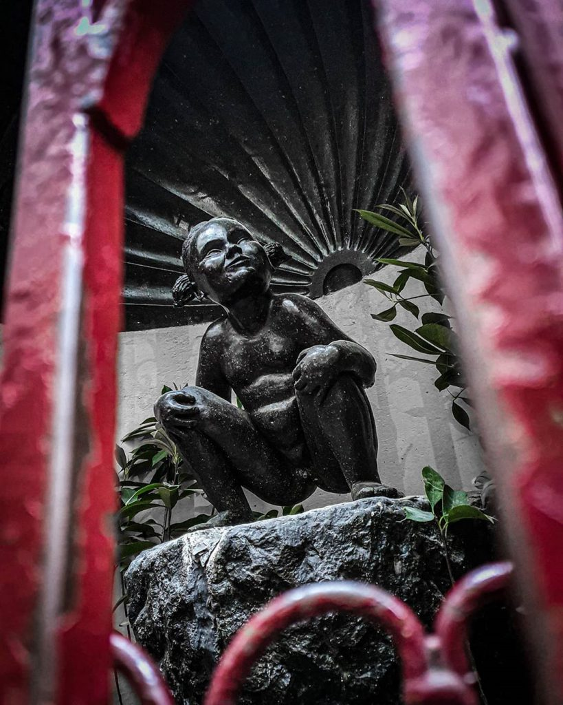 Jeanneke Pis - 24 hours in Brussels, a city guide to the capital of Europe