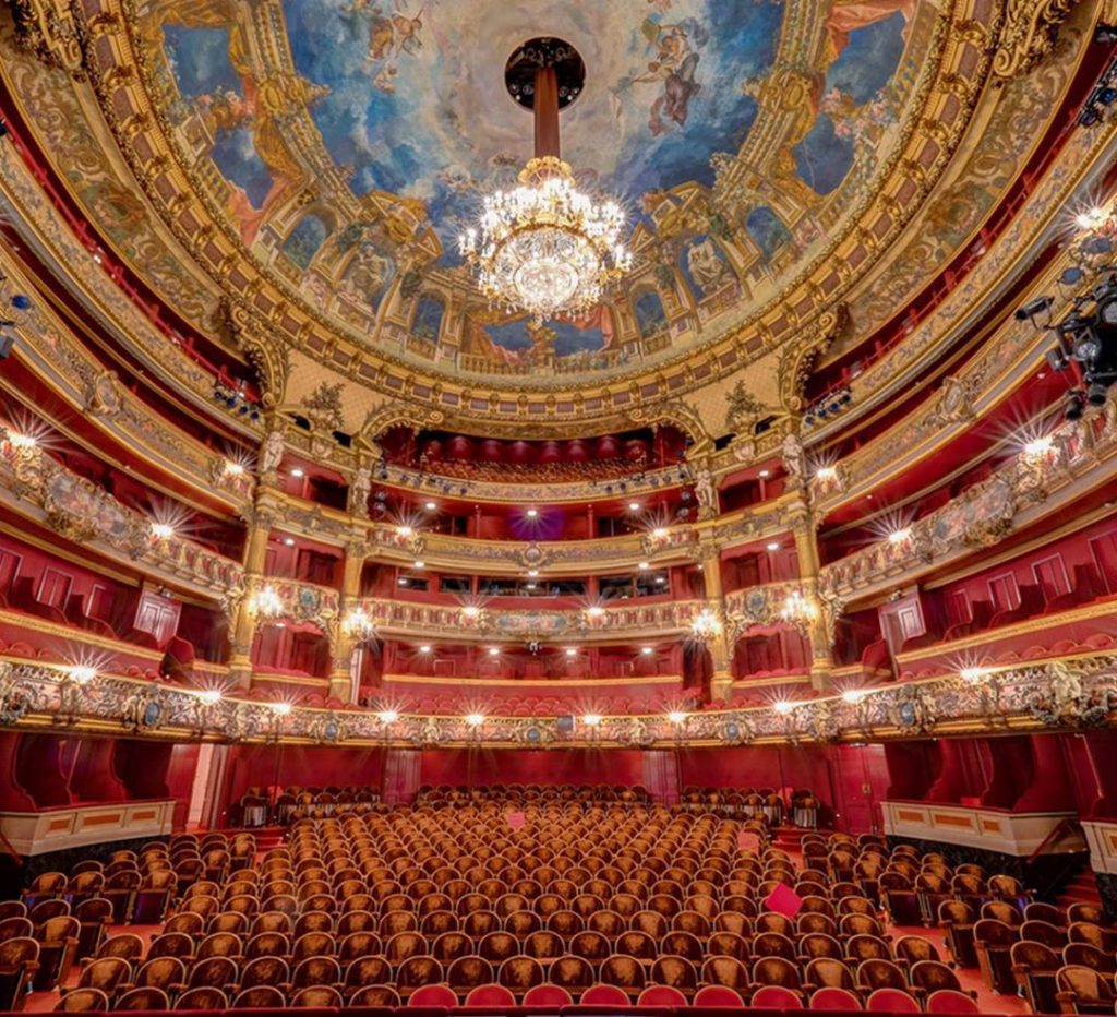 The Royal Theatre of La Monnaie inside - Discover the architectural side of Brussels