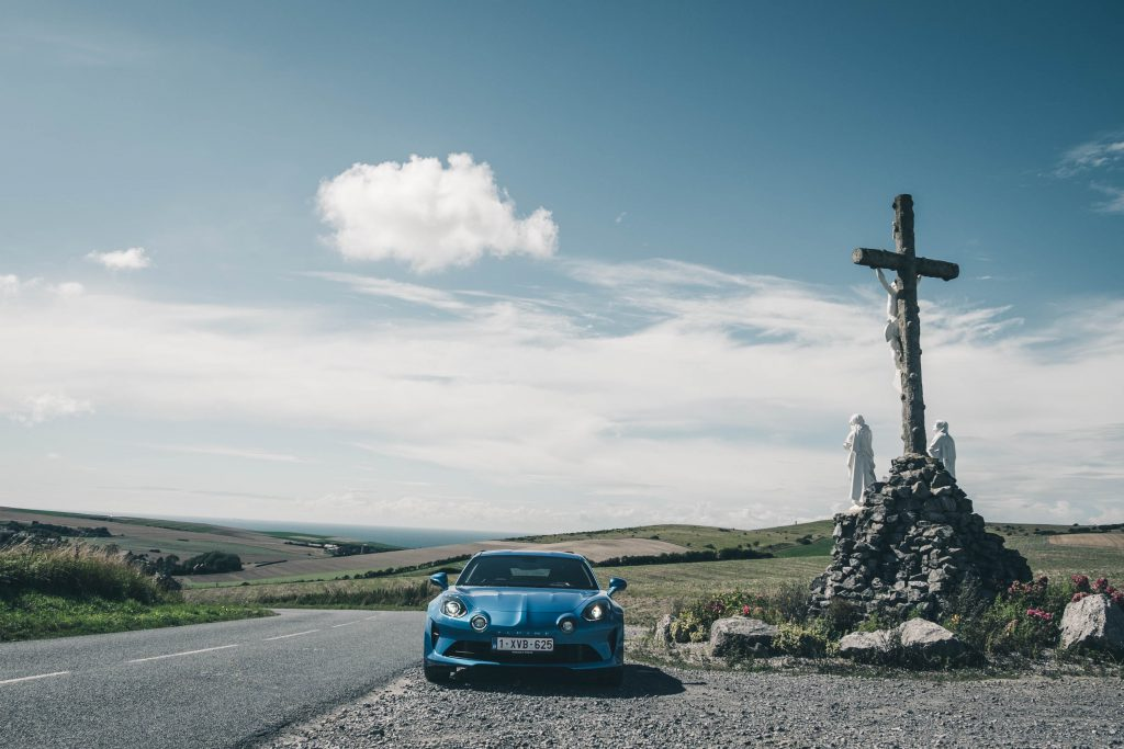 Discovering the Opal Coast in a French legend - Alpine A110