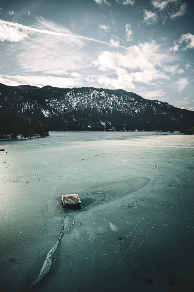 Frozen Lake Eibsee DE - Lake Eibsee, hidden beauty in the German Alps