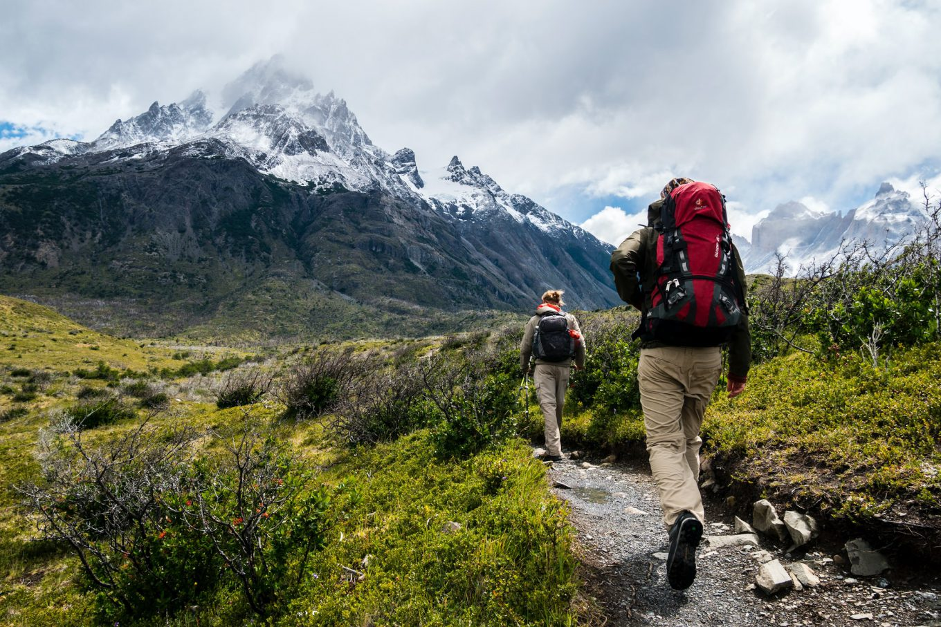 17 Hiking tips and tricks for beginners