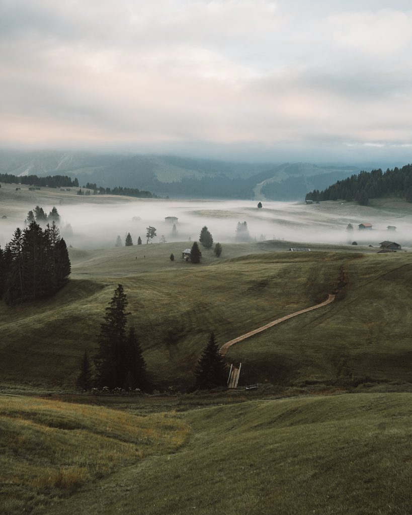 Alpe Di Siusi Mist - Alpe Di Siusi, housing the most known cabins in the Dolomites