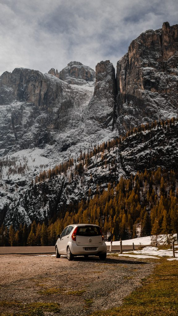 Cinque Torri parking - Dolomites Itinerary: the 5 most stunning hikes to discover in 2021
