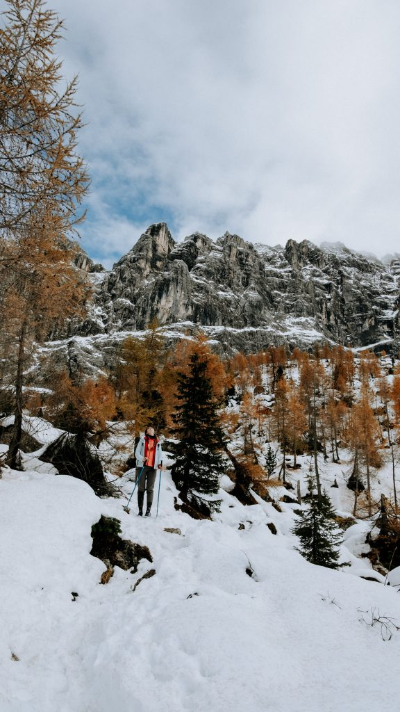 Lago di Sorapis snow walk - Dolomites Itinerary: the 5 most stunning hikes to discover in 2021