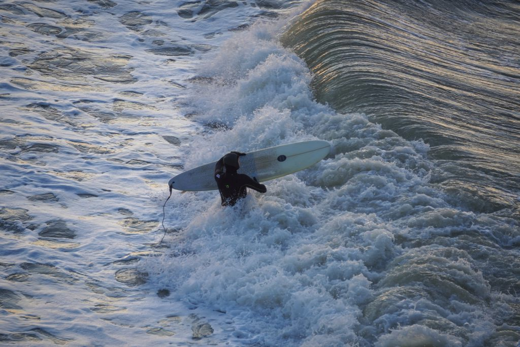 Surf in the Netherlands in 2021 1 - How to pick the perfect wetsuit in 2021