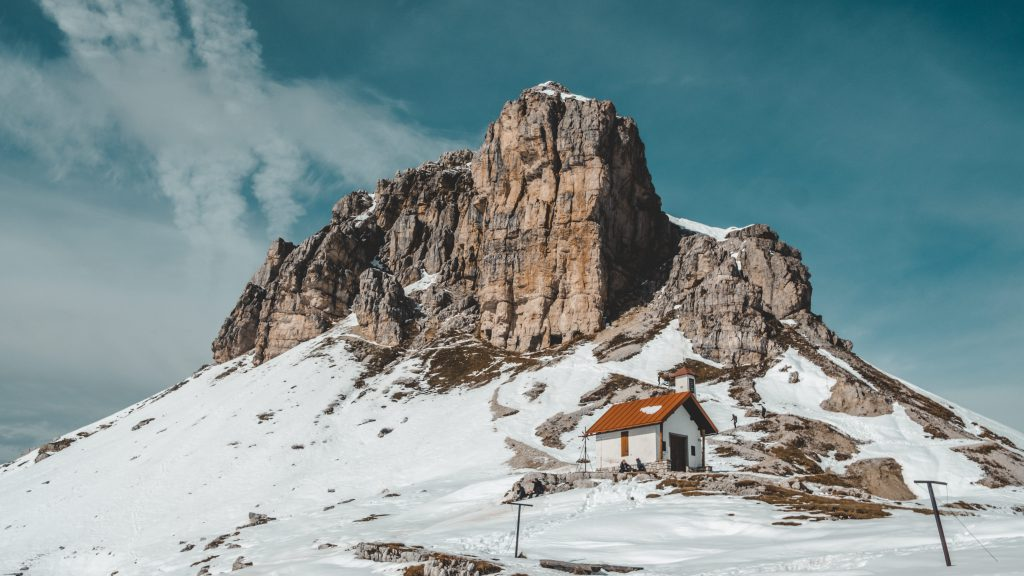 Tre Cime di Lavaredo top - Dolomites Itinerary: the 5 most stunning hikes to discover in 2021